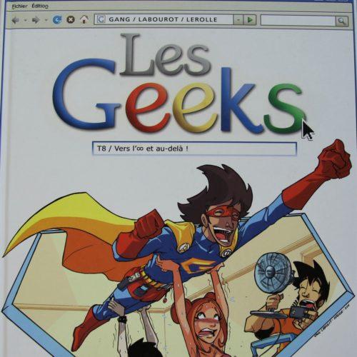 T8 – Les Geeks.